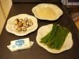 riso con uova di quaglia e asparagi