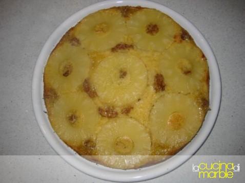 dolce all'ananas rovesciato