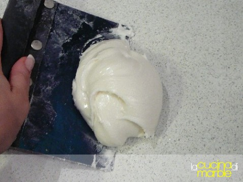 zucchero fondente - glassa fondente